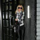 Lindsay Lohan - In NY With Sister Ali Lohan 2007-12-26