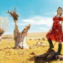 Laura Giurcanu Elle Romania June 2012 - 454 x 289