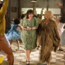 "John Travolta (left) stars as ""Edna Turnblad"" and Queen Latifah (right) stars as ""Motormouth Maybelle"" in New Line Cinema's musical, HAIRSPRAY. Photo Credit: ©2007 David James/New Line Cinema"