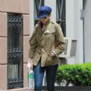 Anne Hathaway In Jeans Out In Nyc