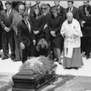 Jacqueline Kennedy Onassis Funeral - 454 x 318