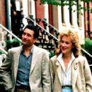 Meryl Streep and Robert De Niro in Falling in Love (1984) - 454 x 560
