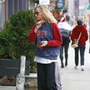 Suki Waterhouse – Out and about in NYC
