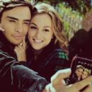 Ed Westwick and Leighton Meester - 454 x 402
