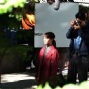 Alicia Vikander – Filming 'The Earthquake Bird' in Tokyo - 454 x 309