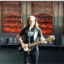 Geddy Lee - 412 x 310