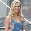 Sara Paxton On The Beautiful Life Set In NYC 8/10/2009