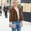 Diane Kruger – Arrives at the Valentino Show – Paris Fashion Week 10/2/2016 - 454 x 752