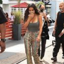 Kim Kardashian – Seen at the Grove Los Angeles - 454 x 567