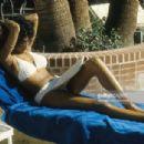 Pam Grier - 454 x 305