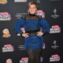 Kelly Clarkson – 2018 Radio Disney Music Awards in Hollywood - 454 x 634