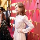 Isabelle Huppert At The 89th Annual Academy Awards - Arrivals (2017) - 454 x 303