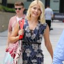 Holly Willoughby at ITV Studios in London - 454 x 747