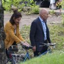 Katie Holmes – Filming 'The Gift' set in Montreal - 454 x 426
