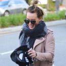 Hilary Duff stops by a gym for a workout in Studio City, California on January 24, 2017 - 407 x 600