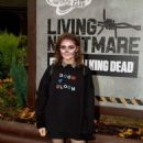 Maisie Williams – 'The Walking Dead: Living Nightmare' in Chertsey - 454 x 686