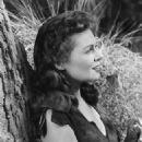 Joyce MacKenzie - 454 x 573