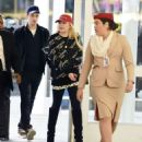 Lindsay Lohan – Arrives at JFK Airport in New York City - 454 x 548
