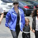Kourtney Kardashian and her kids Penelope and Reign spotted out for lunch at Corner Bakery with some friends in Calabasas, California on June 13, 2016 - 384 x 600