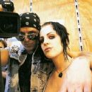 Brody Dalle and Tim Armstrong - 454 x 357