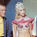 Barbara Eden - The Amazing Dobermans - 454 x 255