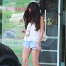Selena Gomez pictured at Velvet Hands Salon and Spa in Tarzana, CA - 454 x 635