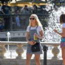 Lottie Moss – Shopping candids at The Grove in LA With Emily Blackwell - 454 x 590