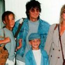 Ron Wood and Jo Wood - 454 x 299