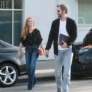 Amy Adams : Out in Beverly Hills, California - 454 x 548