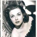 Marguerite Chapman - 454 x 624