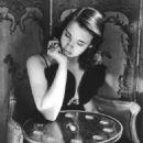 Gloria Vanderbilt - 454 x 543
