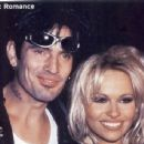 Pamela Anderson and Tommy Lee - 454 x 343