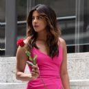 Priyanka Chopra – On the sets of 'Isn't It Romantic' in NYC - 454 x 640