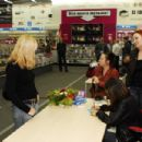 Alizée - Signing Autographs In Russia