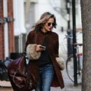 Caroline Flack – Leaving her home in London - 454 x 710