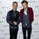 'The Rover' Screening in London - Photocall (August 6, 2014) - 411 x 594