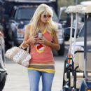 Paris Hilton Shoots Rj Berger Guest Spot