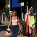 Susan Holmes – Shopping in Los Angeles - 454 x 623