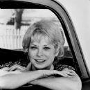 Lois Nettleton - 454 x 546