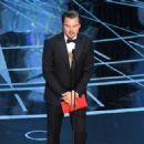 Leonardo Di Caprio At The 89th Annual Academy Awards - Show (2017)