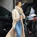Jessica Alba – Shopping in Los Angeles 02/01/2019