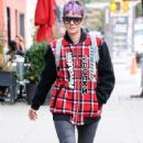 Lily Allen enjoys lunch with Mark Ronson in New York City