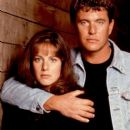 Tom Berenger and Debra Winger