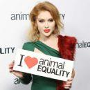 Renee Olstead – Animal Equality's Inspiring Global Action Los Angeles Gala in LA - 454 x 661