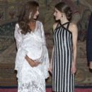 Argentina's President Host a Reception for King Felipe and Queen Letizia - 399 x 600