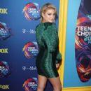 Olivia Holt – 2018 Teen Choice Awards in Inglewood - 454 x 648