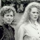 Barbara Babcock, Nicole Kidman - 454 x 316