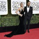 Ryan Reynolds and Blake Lively : 74th Annual Golden Globe Awards - 454 x 302