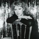 Helen Mirren - 320 x 400