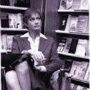 Carla Gravina - 305 x 543